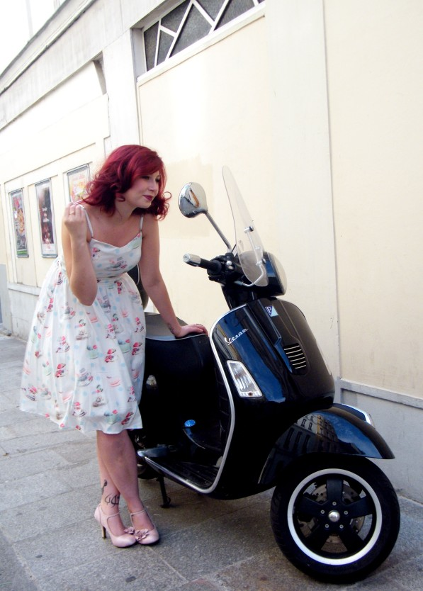 Yumi Dress Paris 1